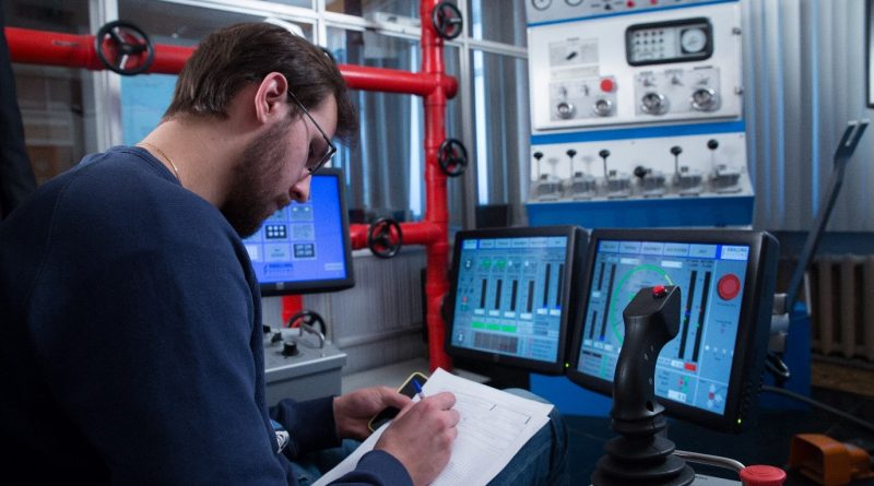 Gubkin University has been using Drilling Systems' simulators in its oil and gas programmes for decades